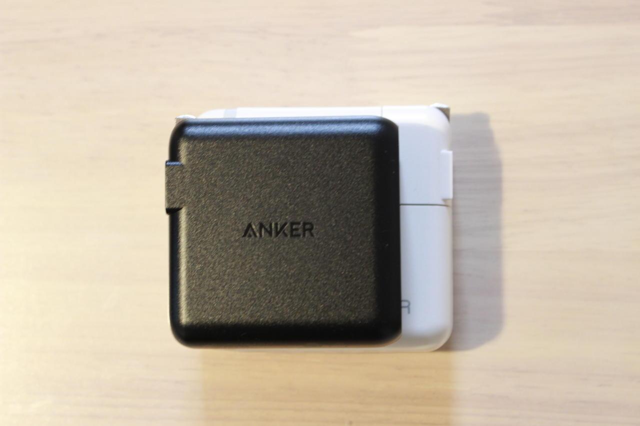 Anker PowerPort Speed 1 PD 60の大きさを比較①