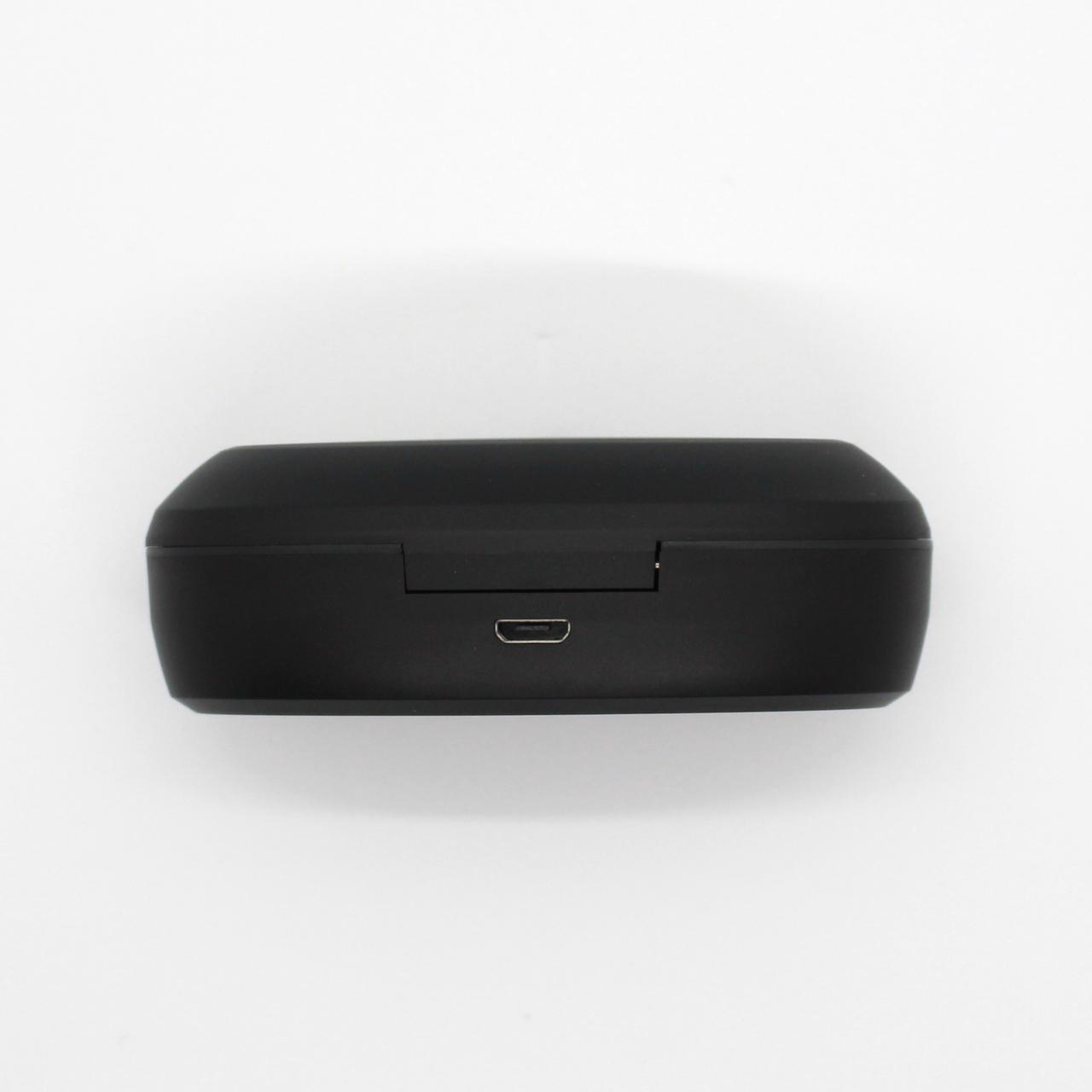 SOUNDPEATS TrueCapsule|背面にmicroUSBのポートを備えています
