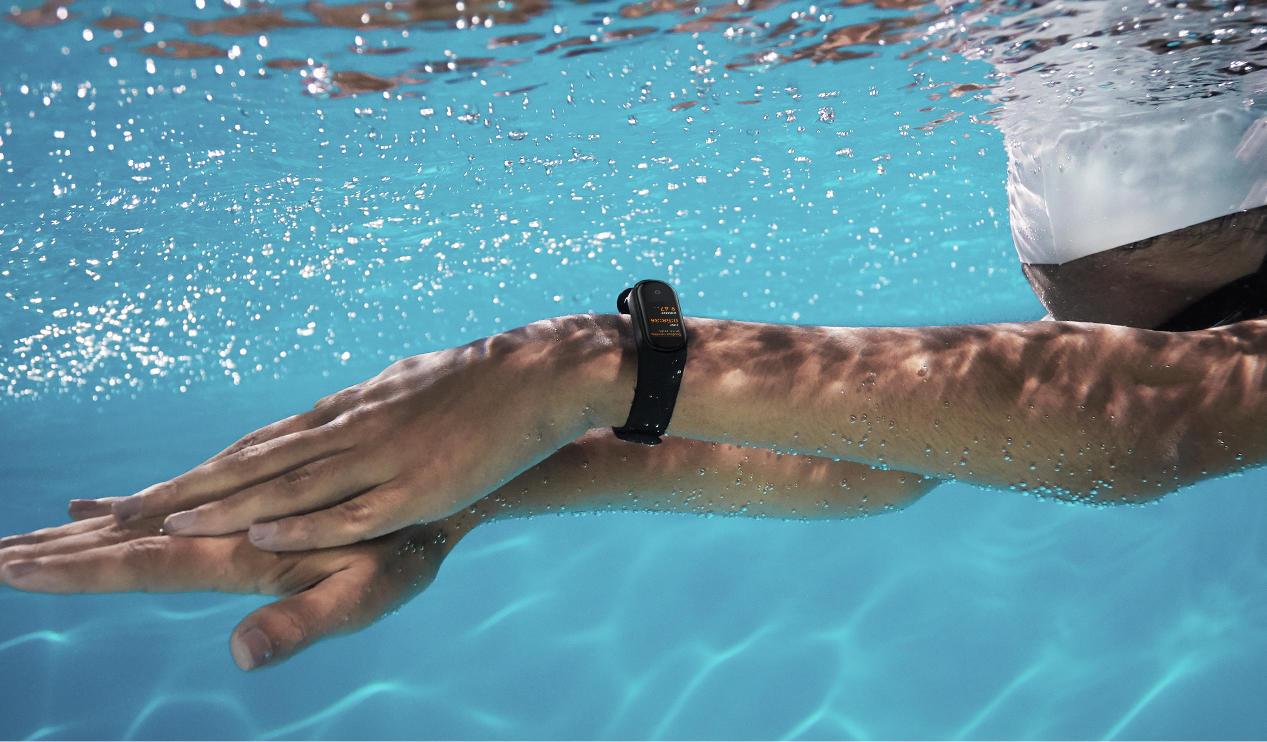 Mi Band 4は5気圧防水、50m耐水の防水性能
